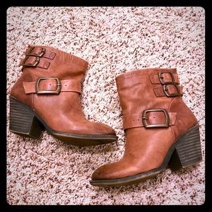 Lucky Brand Booties size 7 EUC brown